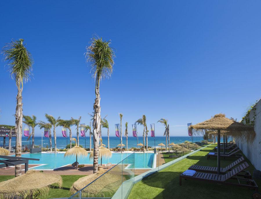 beachfront-apartment-property-mijas-costa-del-sol-azure-realty.com