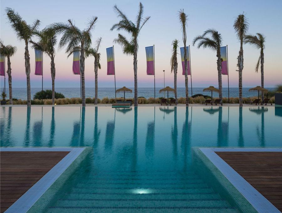 beachfront-apartment-property-mijas-costadelsol-azure-realty.com