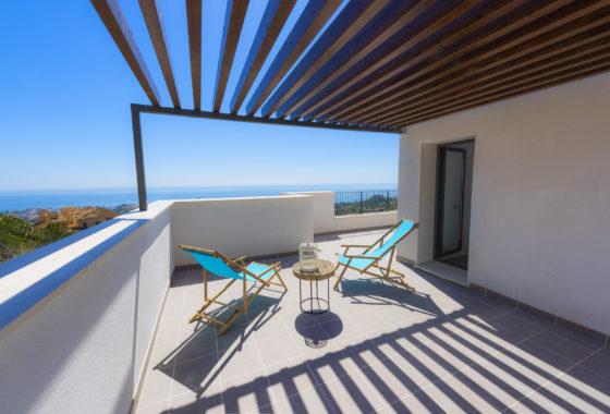 Sea view apartment for sale in Benalmadena, Costa del Sol