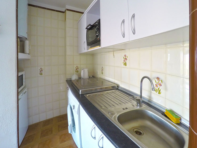 Bargain Mijas Costa apartment for sale in Calahonda