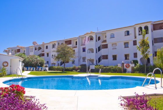 apartment with pool for sale Riviera del Sol, Costa del Sol