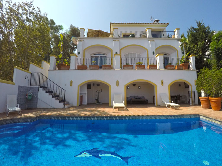 golf property with pool for sale mijas costa