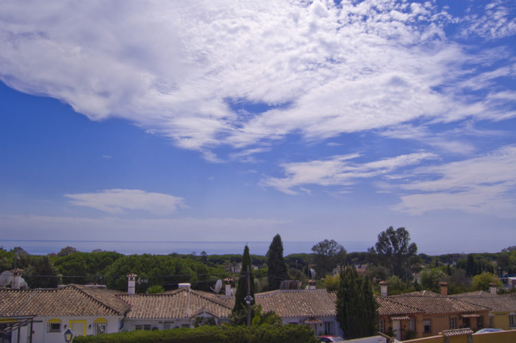 Sea view villa for sale in east Marbella