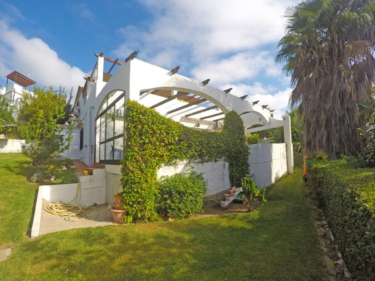 Sea view villa for sale in Mijas Costa