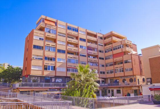 Bargain apartment for sale in Benalmadena