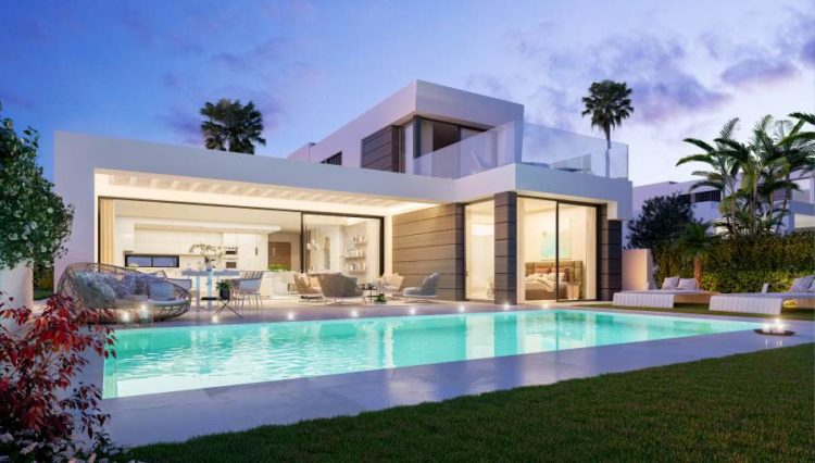 Sea view villa for sale in Marbella