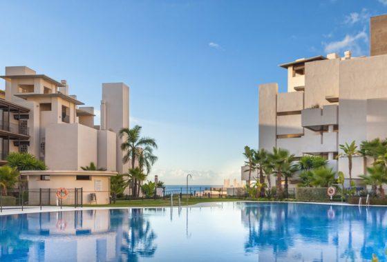 Beachfront Costa del Sol apartments for sale in Estepona