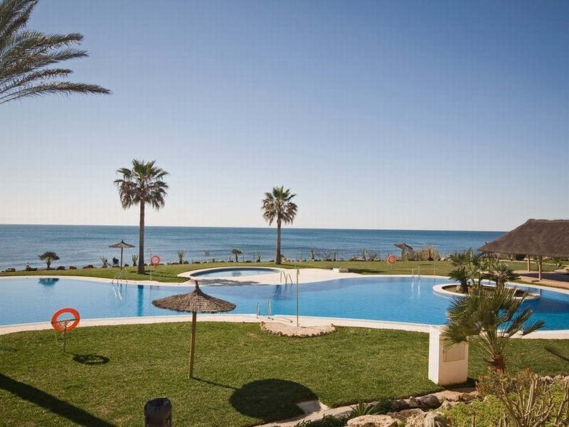 Sea views from beachfront apartment for sale in Calahonda