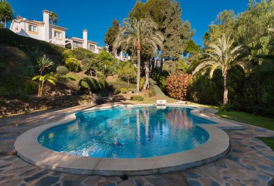 Villa for sale in Calahonda, Mijas Costa